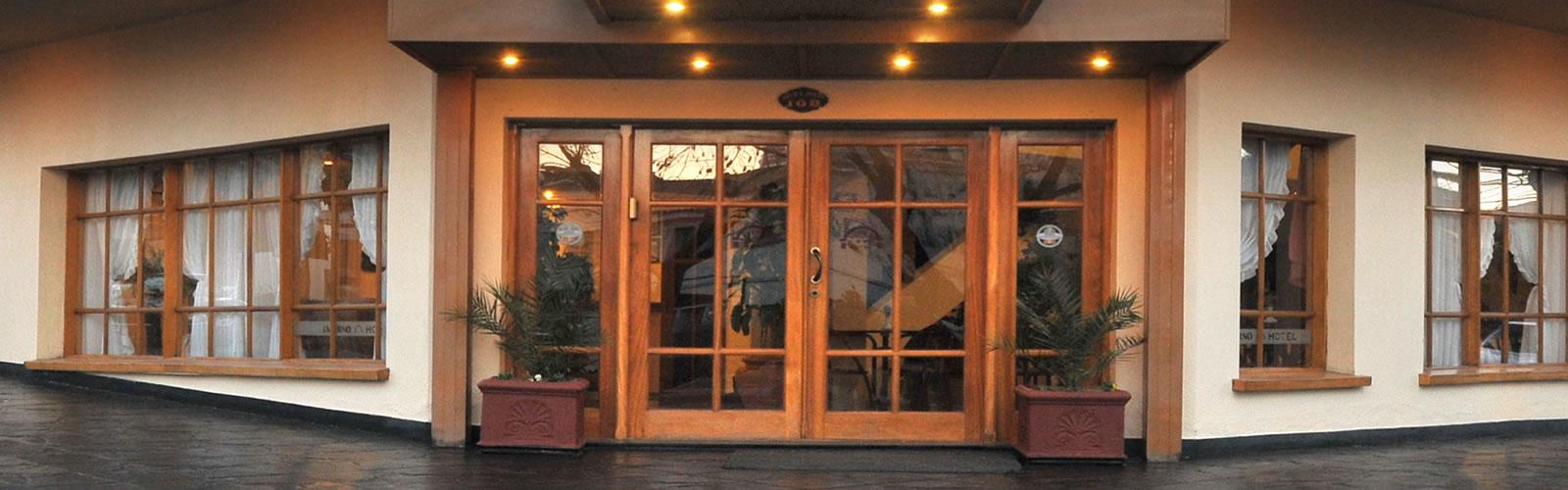 Ingreso al Hotel Salerno